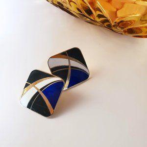 3/30$ 🍂 Vintage Square Stud Enamel Earrings Graphic Design